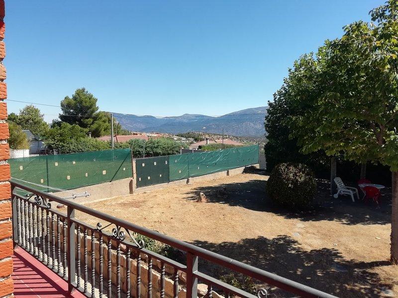 Chalet VuT en el Barraco, alquiler de vacaciones en Burgohondo