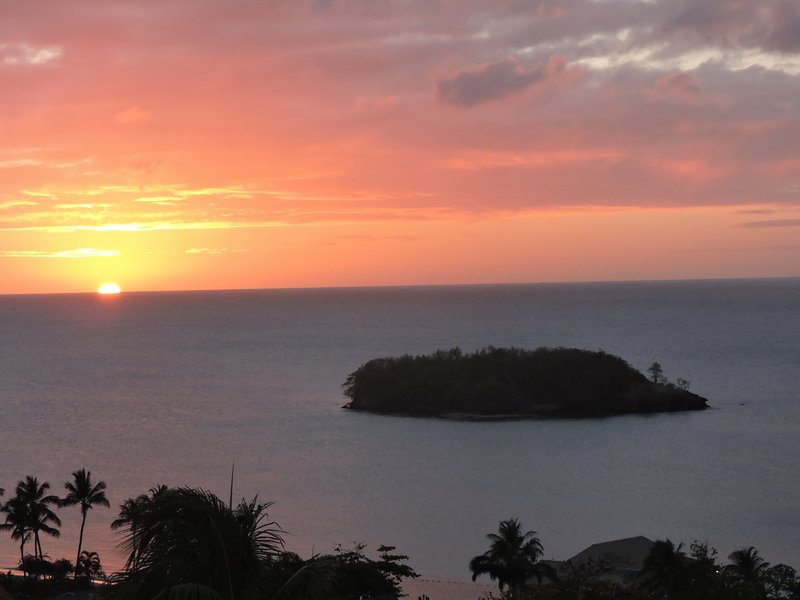 Caribbean Beach Views, holiday rental in Castries