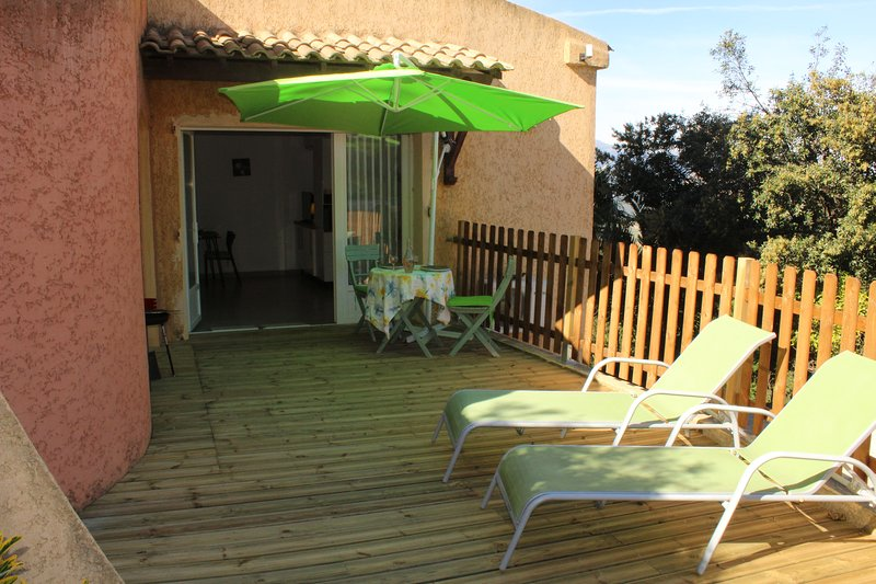 Nice apt with terrace & Wifi, holiday rental in Barbaggio