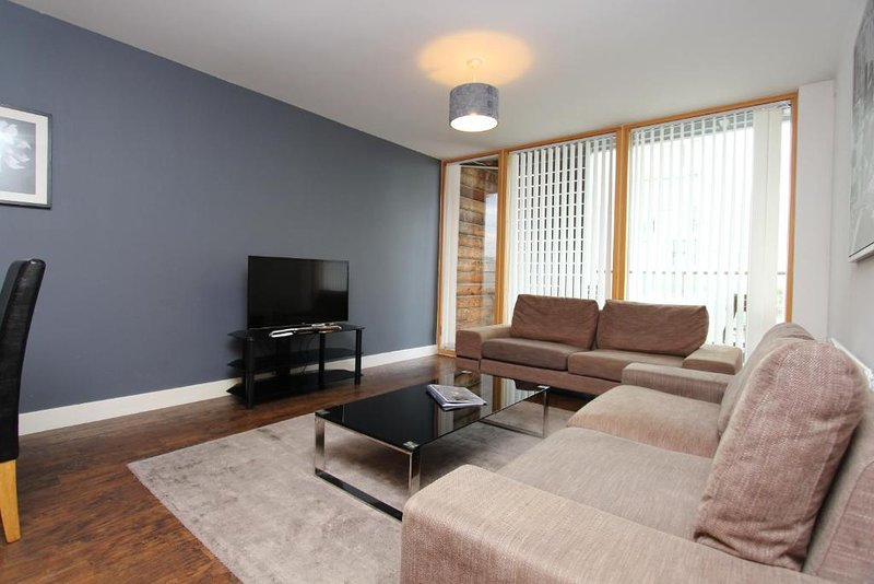 Residenz City Centre 2 Bedroom Apartment, holiday rental in Bletchley
