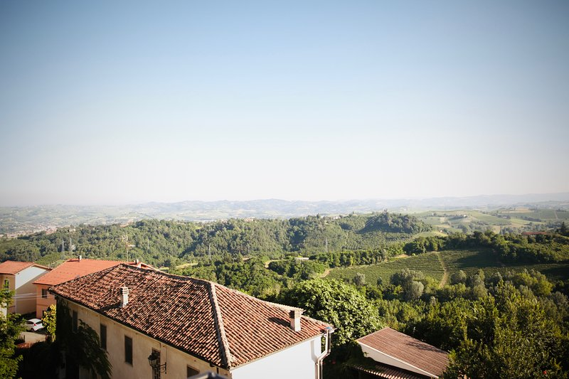 Dolcetto Apartment - Accommodation with pool in Vaglio Serra, Piemonte, holiday rental in Cortiglione