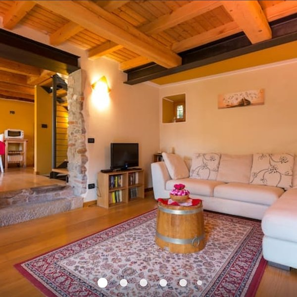 Rustico Casa Cesira, holiday rental in Carpesica