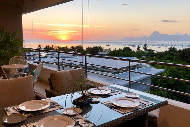 Manuia apartment - Tahiti - Punaauia - 2 bdr / 2 bath - Wi-Fi - pool & gym, alquiler de vacaciones en Punaauia