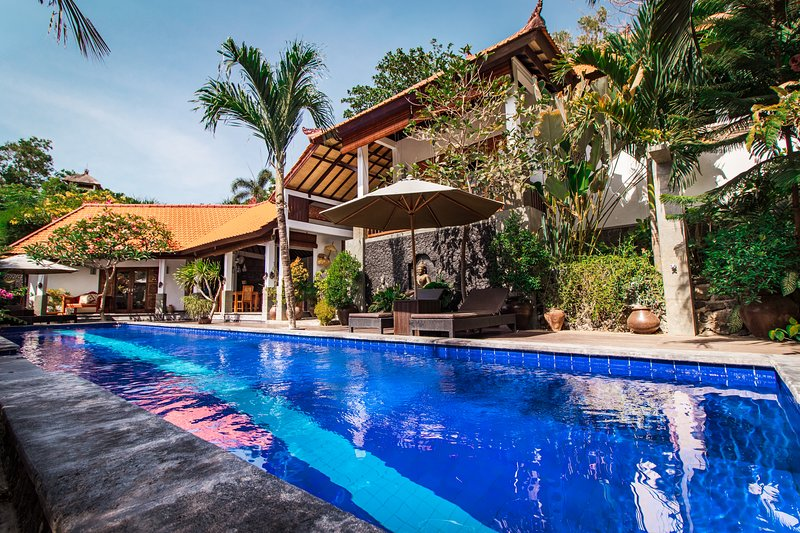 Villa Bukit Malas 2, 2 Bedroom private villa with pool, vacation rental in Bunutan