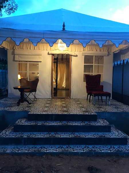 16 Bedouin Themed Glamping Luxury Tents, holiday rental in Hosur