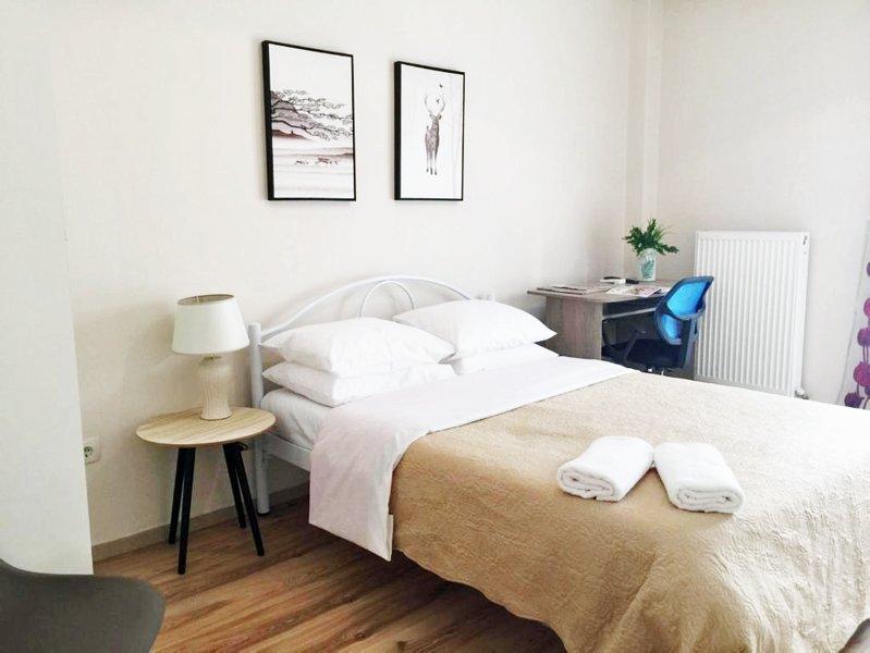 Monad Cozy Apartment, alquiler de vacaciones en Agios Pavlos