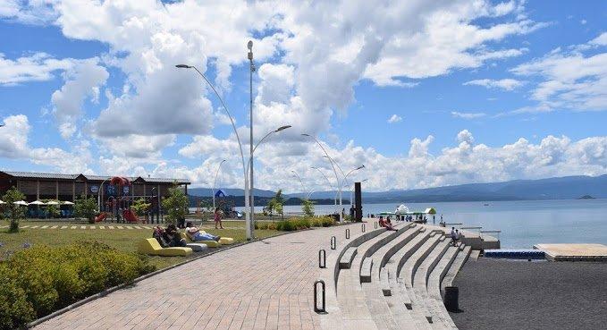 waterfront of Villarrica
