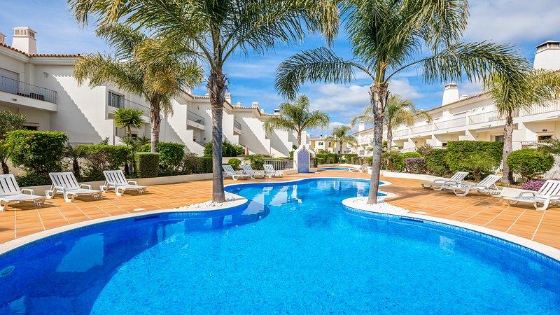 Luxury Holiday Villa Fonte Verde1, Boliqueime near Vilamoura and Albufeira, location de vacances à Boliqueime