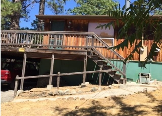 3 Bedroom, 2 Bath Cabin, Sleeps 8 - between E. Sonora and Twain Harte., holiday rental in Jamestown