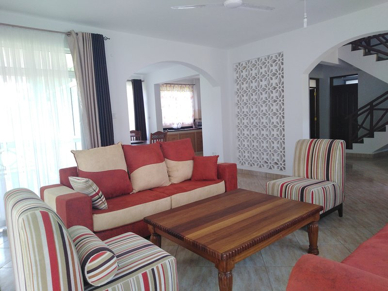 Surprising Blue Water Resort Diani Kenya Has Secure Parking And Wi Fi Theyellowbook Wood Chair Design Ideas Theyellowbookinfo