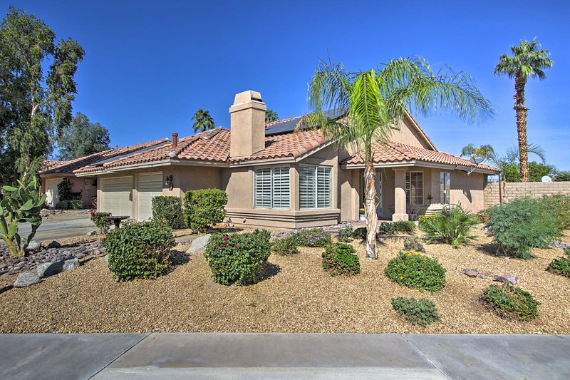 Updated Home w/ Pool < 1 Mi to Coachella Shuttle!, holiday rental in Indian Wells