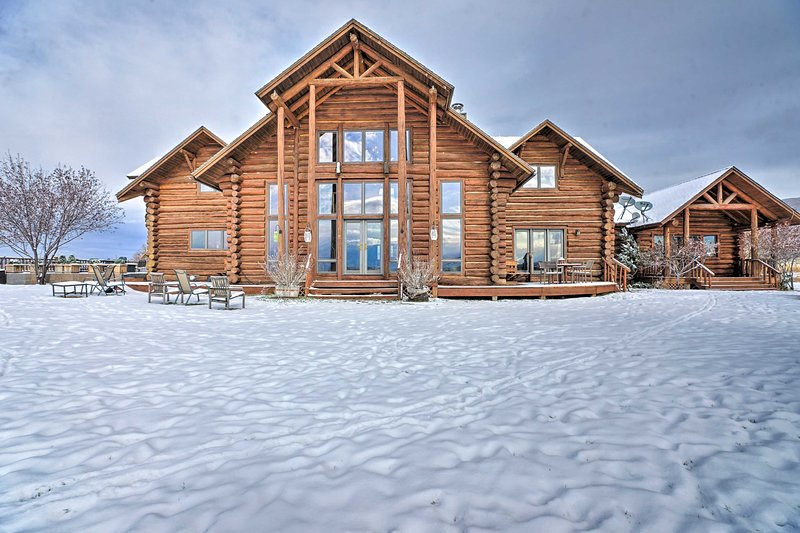 Dream Ski Retreat, 12 Mi to Iron Mtn Hot Spring!, location de vacances à Carbondale