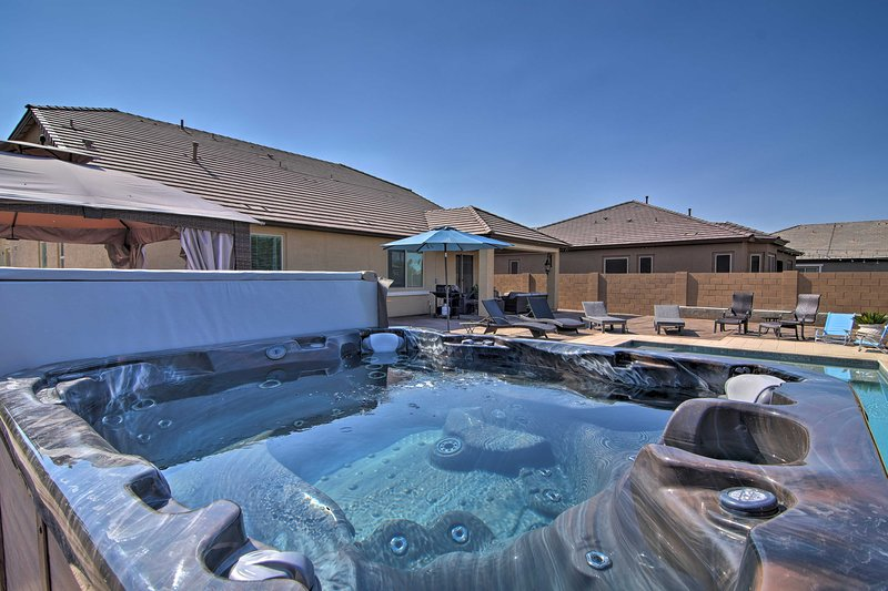 Soak sore hiking muscles in the vacation rental's private hot tub!