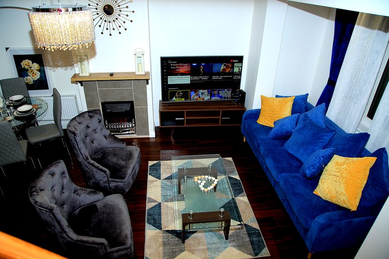 A Modern, Comfy Newly Remodeled 2bd House, location de vacances à Ilford