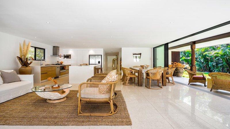 Byron Bay Luxury Holidays - Coco Cabana, vacation rental in Suffolk Park