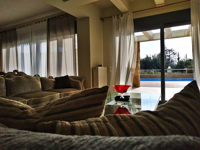 Villa Nefeli, location de vacances à Kalyves Polygyrou