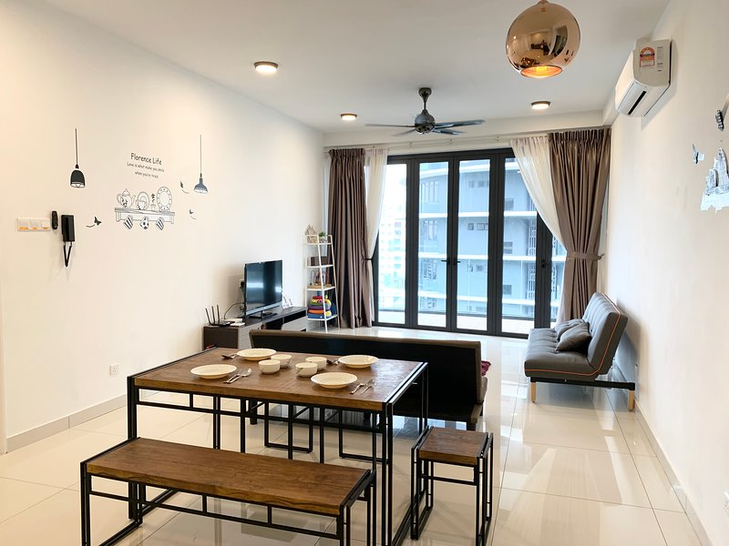 COZY HOME PENANG 3BR ArteS, holiday rental in Balik Pulau