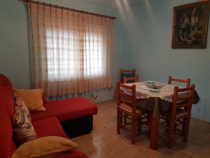 Amazing house with mountain view, casa vacanza a Albalate de las Nogueras