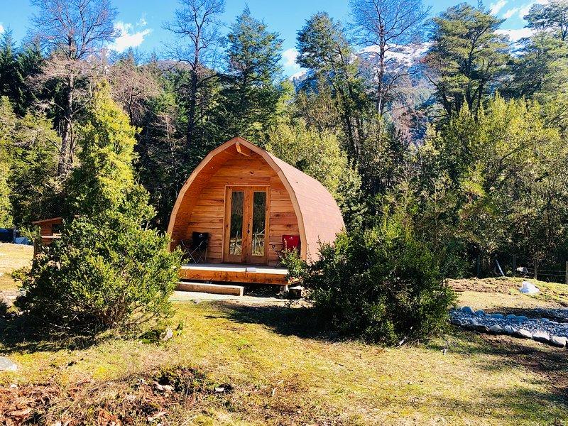 Acampa en un Pod con Desayuno incluido y vive una gran experiencia en la montaña, holiday rental in Araucania Region
