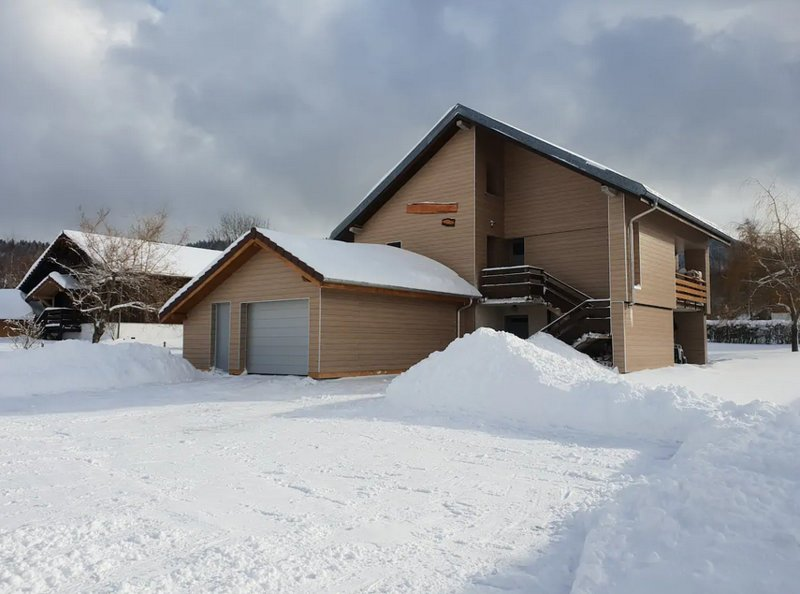 Amazing apt with mountain view, holiday rental in Chaux-Neuve