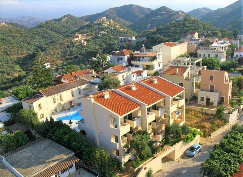 Orestis Hotel, location de vacances à Stalos