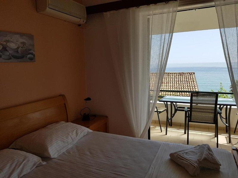 Corfu Glyfada Apartment 90, casa vacanza a Kokkini