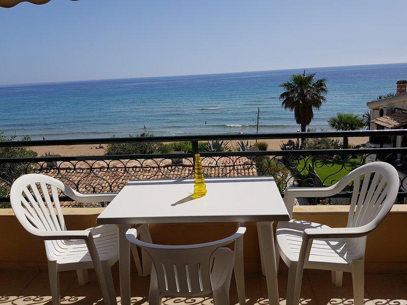 Corfu Glyfada Apartment 23, holiday rental in Ermones