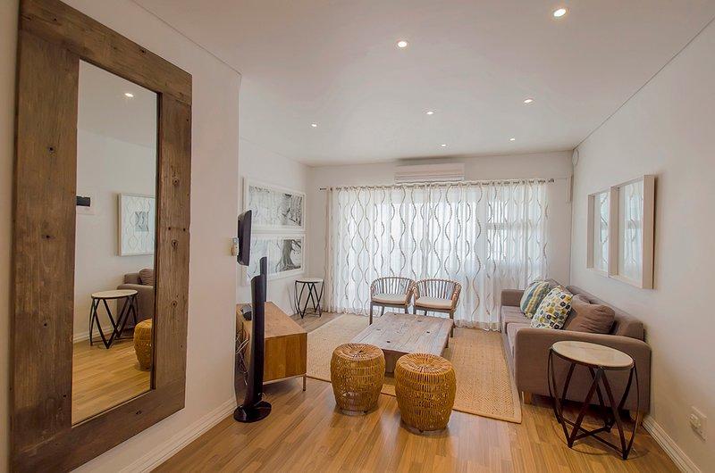 Gordon's Bay | Protea Place Luxury Three BR Apt, location de vacances à Rooiels