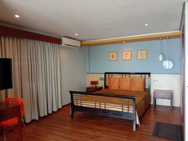 Alvarado (Room for 2-3 in Beachfront), holiday rental in Malay
