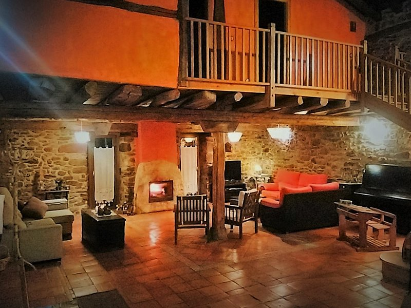 CASA RURAL, EL HAYEDO, PINEDA DE LA SIERRA, BURGOS, alquiler de vacaciones en Provincia de Burgos