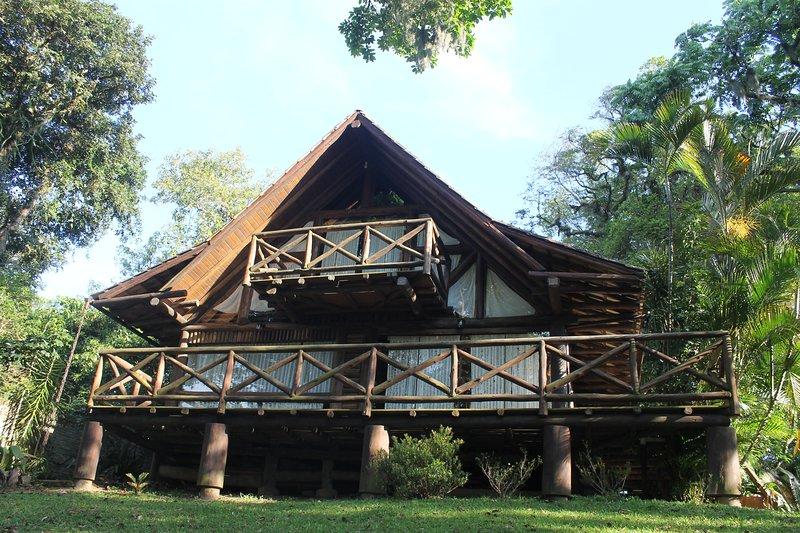 GuaiuBay - Chale da Lagoa, holiday rental in Laguna