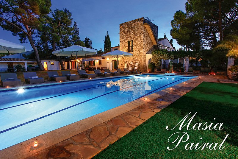 MASIA PAIRAL, hidden gem, private gardens with pool near Sitges, Barcelona, aluguéis de temporada em Sitges