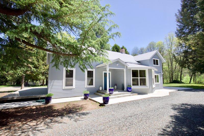 Glenbrook Lodge, holiday rental in Cobb