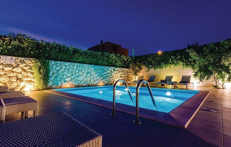 Vila Mirela-Exceptional privacy, holiday rental in Mlini