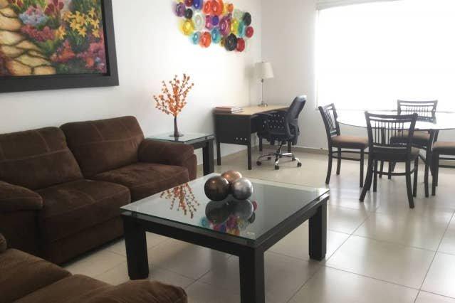 +MS +Contemporánea Suite +Privada Alberca +Av. B. Quintana, location de vacances à Apaseo El Grande