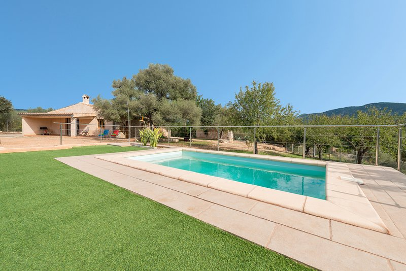 SA PLANA (VILLA CALVIA) - Villa for 6 people in Calvià, holiday rental in Santa Ponsa