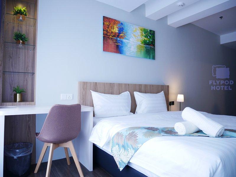 FLYPOD HOTEL SUPERIOR ROOM 1, location de vacances à Kota Kinabalu