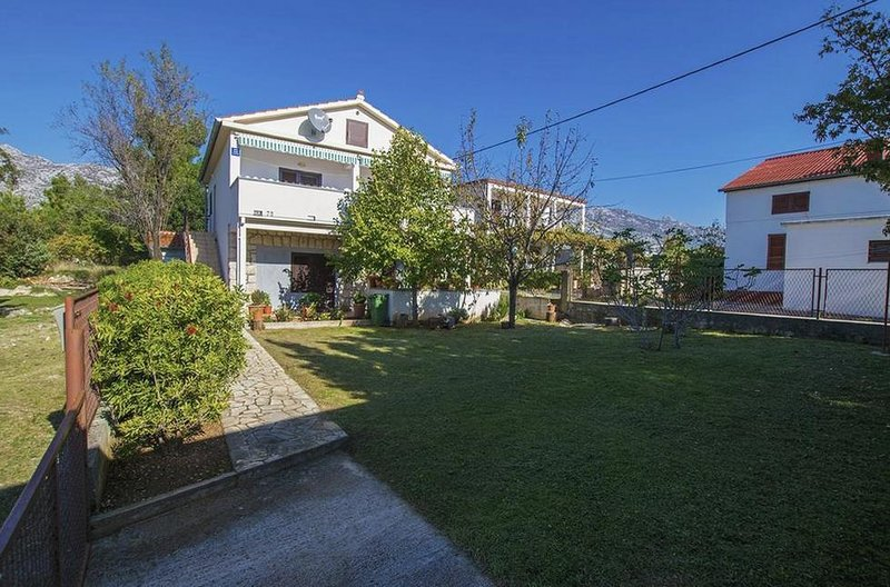 Three bedroom apartment Seline, Paklenica (A-17922-a), holiday rental in Seline