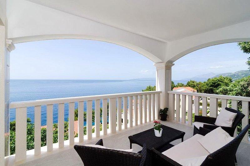 Bella Vista - Two Bedroom Apartment with Sea View, vacation rental in Potomje