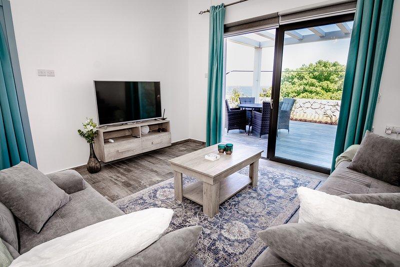 Joya Cyprus Spring Garden Apartment, holiday rental in Tatlisu
