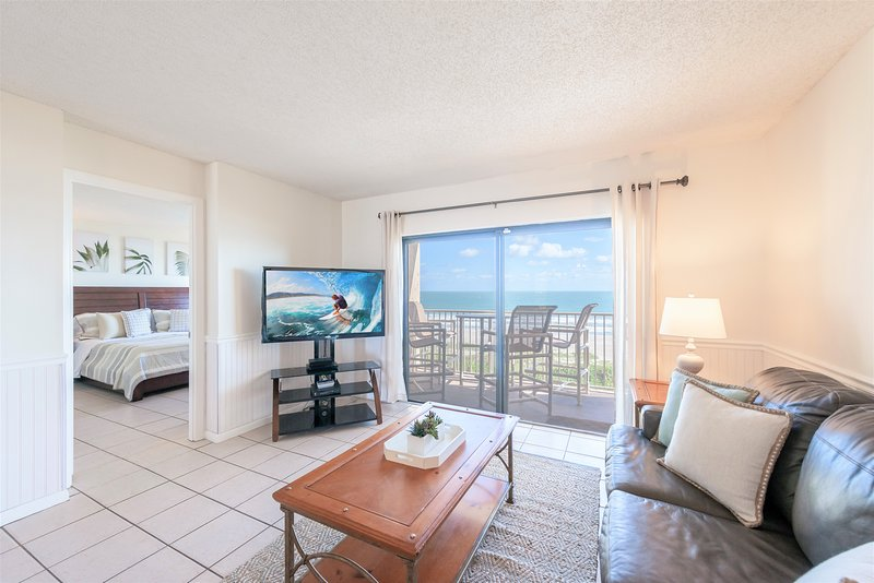 Million $ View + Direct Ocean Front!, holiday rental in Cape Canaveral