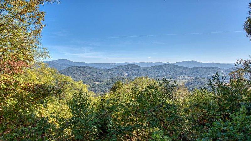 Aerial Ridge, Wide Range Mountain View