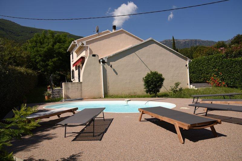 Villa Lola, belle demeure 6 personnes, holiday rental in Ogliastro