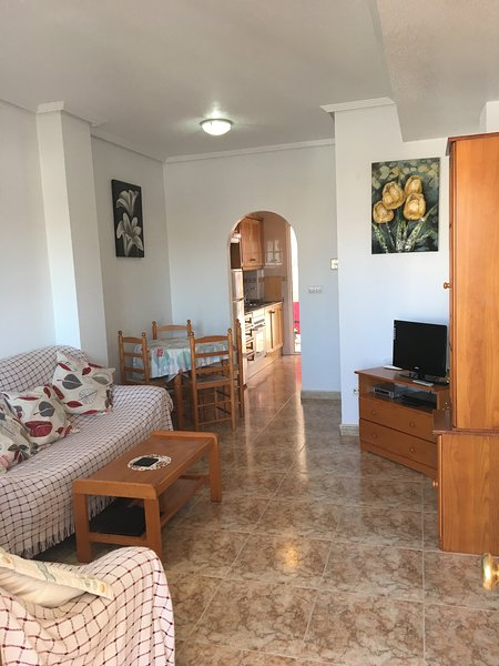 2 bedroom, South facing 1st floor apartment, air-con, UK TV , Wi-Fi DC049, vacation rental in Punta Prima
