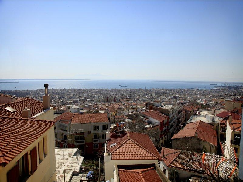 Best View of Thessaloniki Town, alquiler de vacaciones en Agios Pavlos