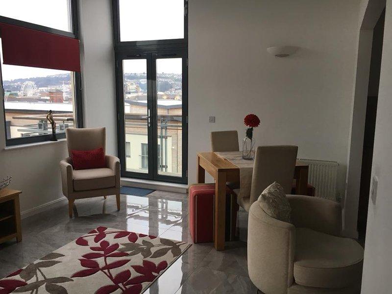 Swansea Marina View Apartment, Ferienwohnung in Swansea