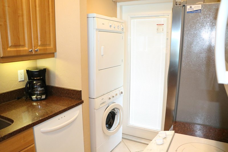 Washer,Indoors,Shelf,Furniture,Flooring