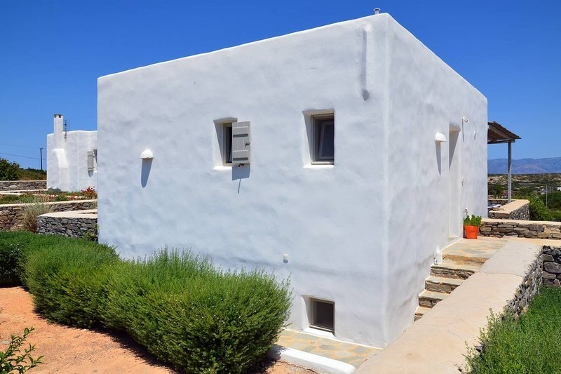 Villa Daphne has been built with respect to the local minimal architecture of the Cyclades.