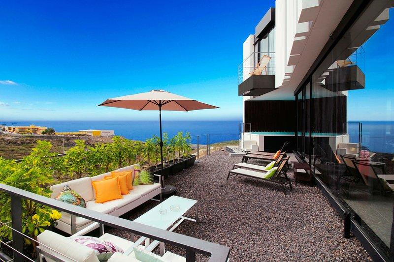 Piscina climatizada, vista  mar - Villa de diseño, vacation rental in Tijoco Bajo