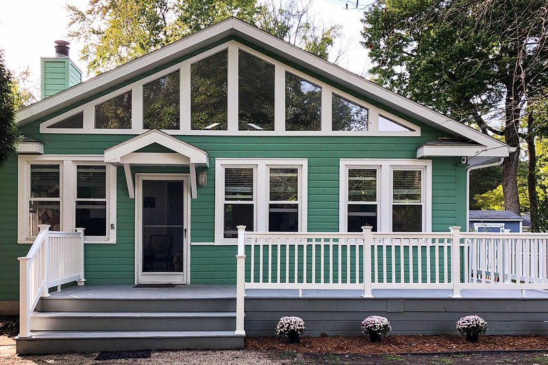This home is just a 2-minute walk to the beach!